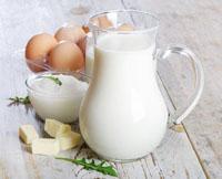 pienas kiausiniai